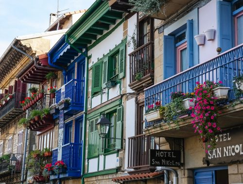 Moving To Spain, Spain Pros and Cons